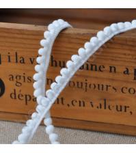 Тесьма с помпонами 5 мм, цвет белый, 1 метр