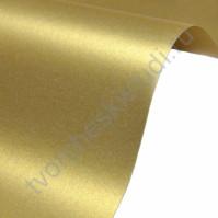 Лист гладкой дизайнерской бумаги Majestic 250 гр, формат А4, цвет Настоящее золото
